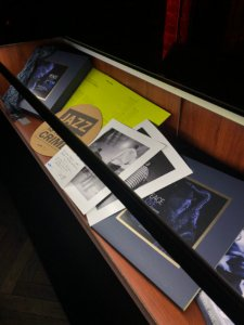 Display case for Blue Note box set