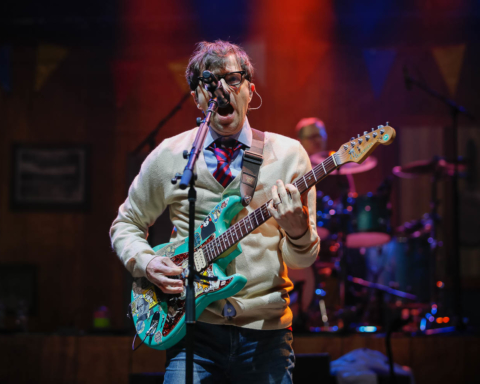 Weezer played at the Shoreline Amphitheater August 6, 2018